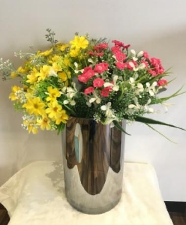 Cylinder Reflective Vase